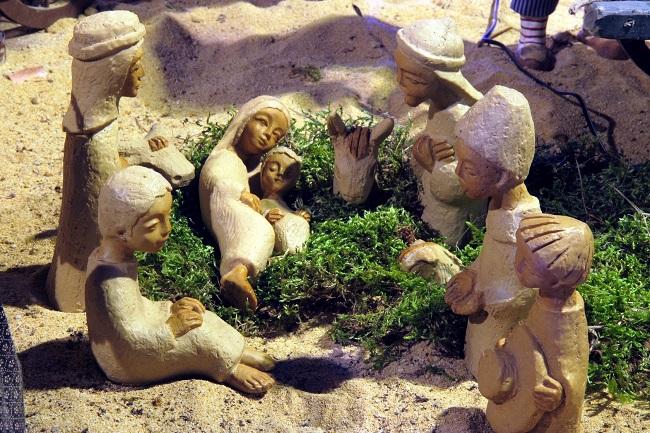 Crèche de Noël de Grignan - réalisée au Moyen-Orient