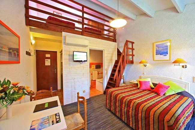 Chambre avec mezzanine - Hôtel Logis de la Plage - Saint Pierre d'Oléron