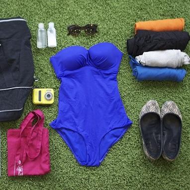 Sac de voyage et vêtements