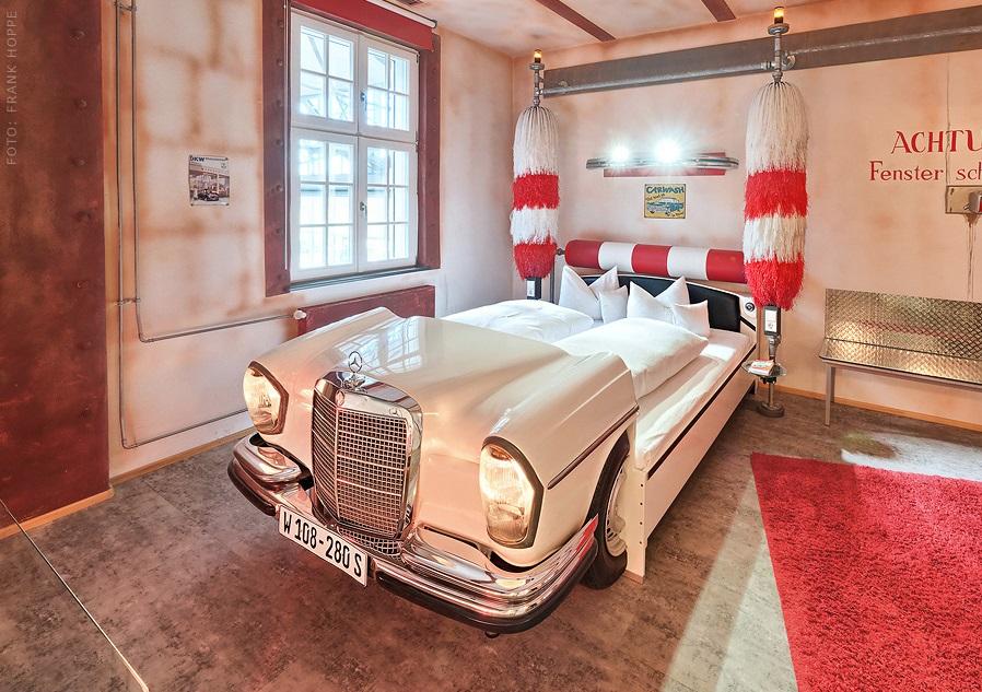 Chambre Car Wash - V8 Hôtel - Allemagne