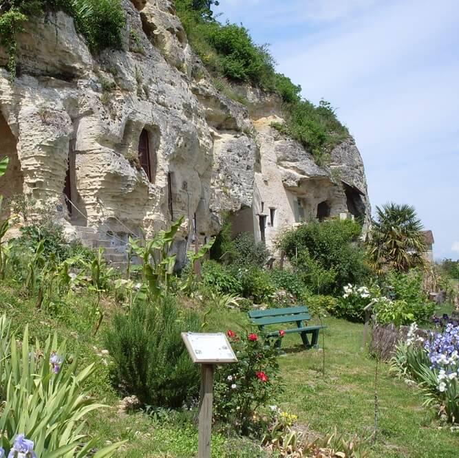 Site des grottes troglodytiques Ethni'cité - Vienne - France