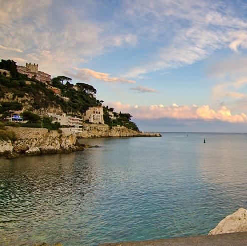 Vue sur la côte à Nice