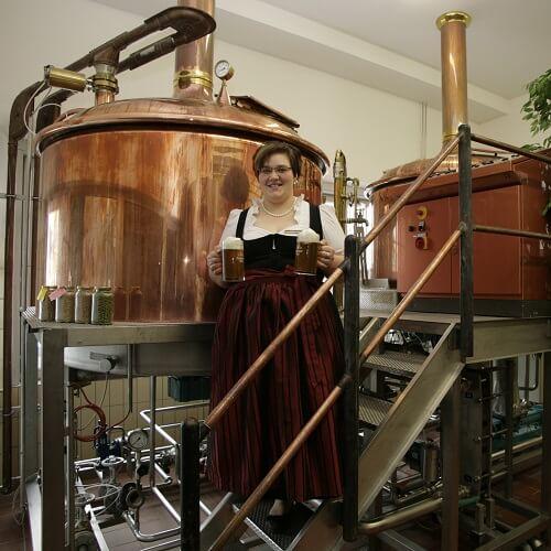 Cuve de brassage à l'Akzent Brauerei Hirsch à Ottobeuren