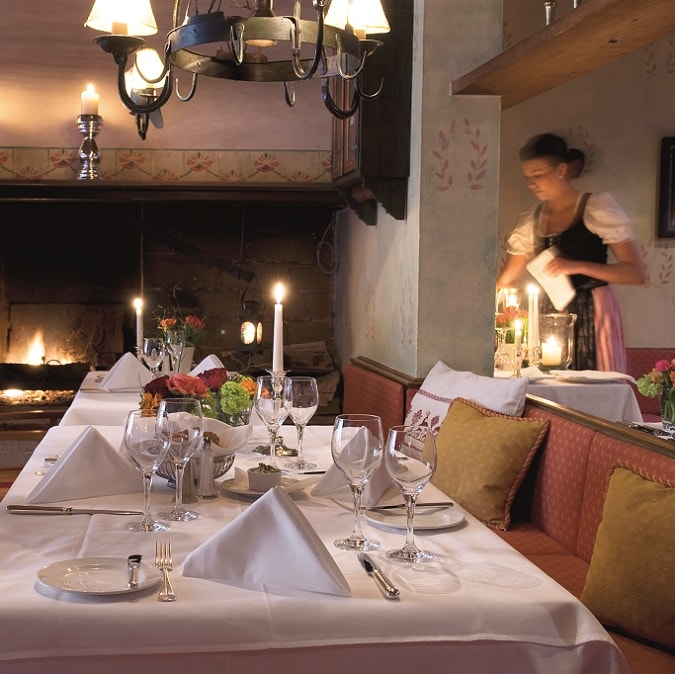 Salle à manger du Brauereigasthof Hotel Aying à Aying