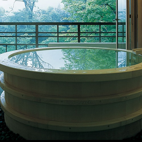 Jacuzzi privatif au Gora Kadan au Japon