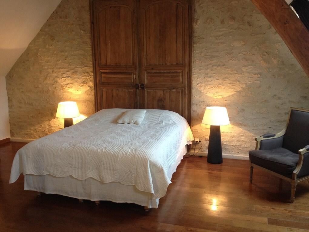 Week end romantique 12 chambres avec jacuzzi priv for Chambre romantique 13