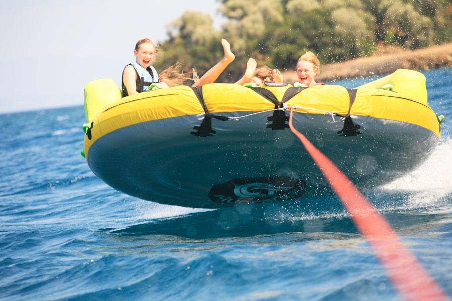 θαλάσσια σπορ στην Κέρκυρα