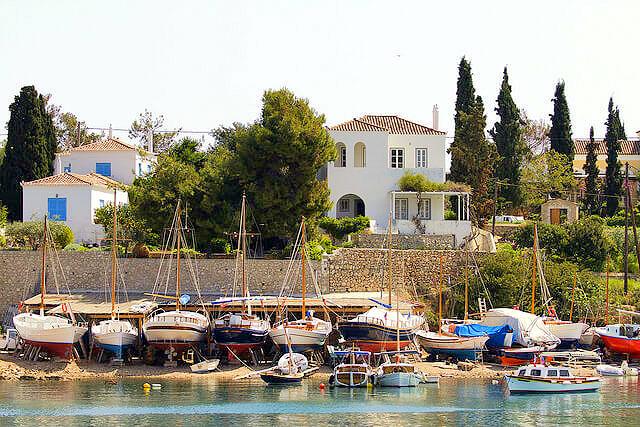 8 Spetses © Greek Traveler προσφορεσ ξενοδοχειων σε ελληνικα νησια