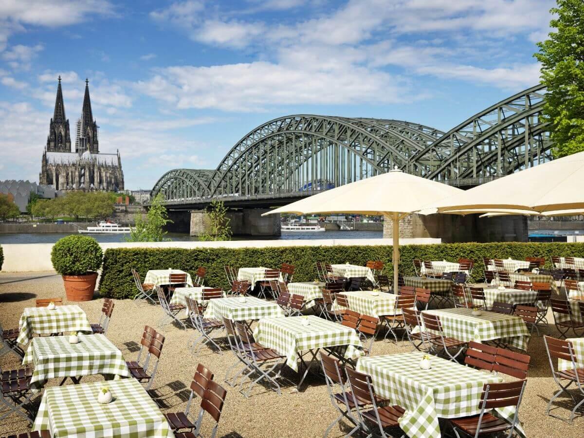 2 Hyatt-Regency-Cologne δωματια με θεα αξιοθεατα κολωνια