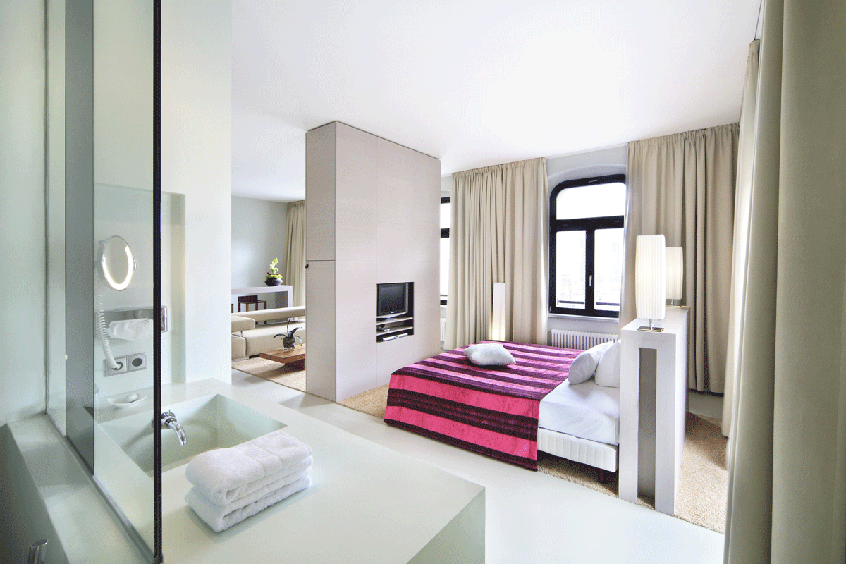 die top 10 designhotels in deutschland. Black Bedroom Furniture Sets. Home Design Ideas