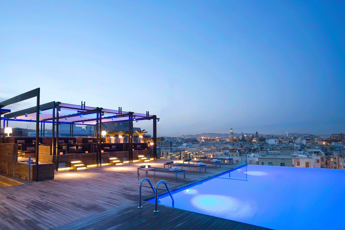 Top 15 hotels mit den sch nsten dachterrassen for Hotel de paris barcelona