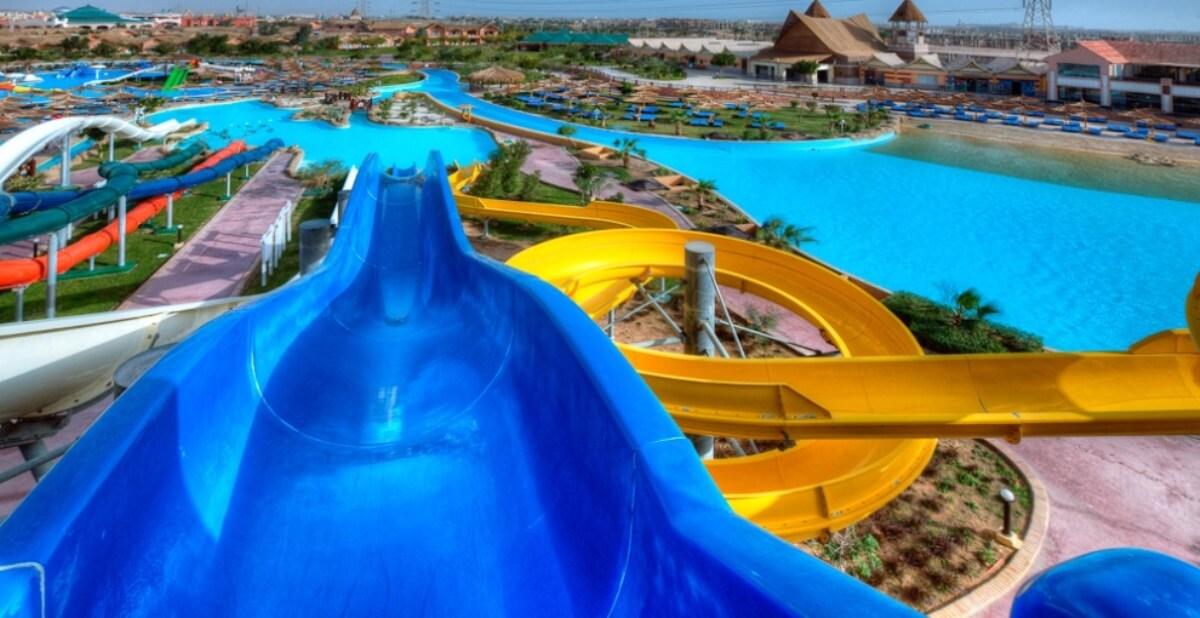 Ab durch die mitte hotels mit spektakul ren wasserrutschen for Aqua piscine otterburn park