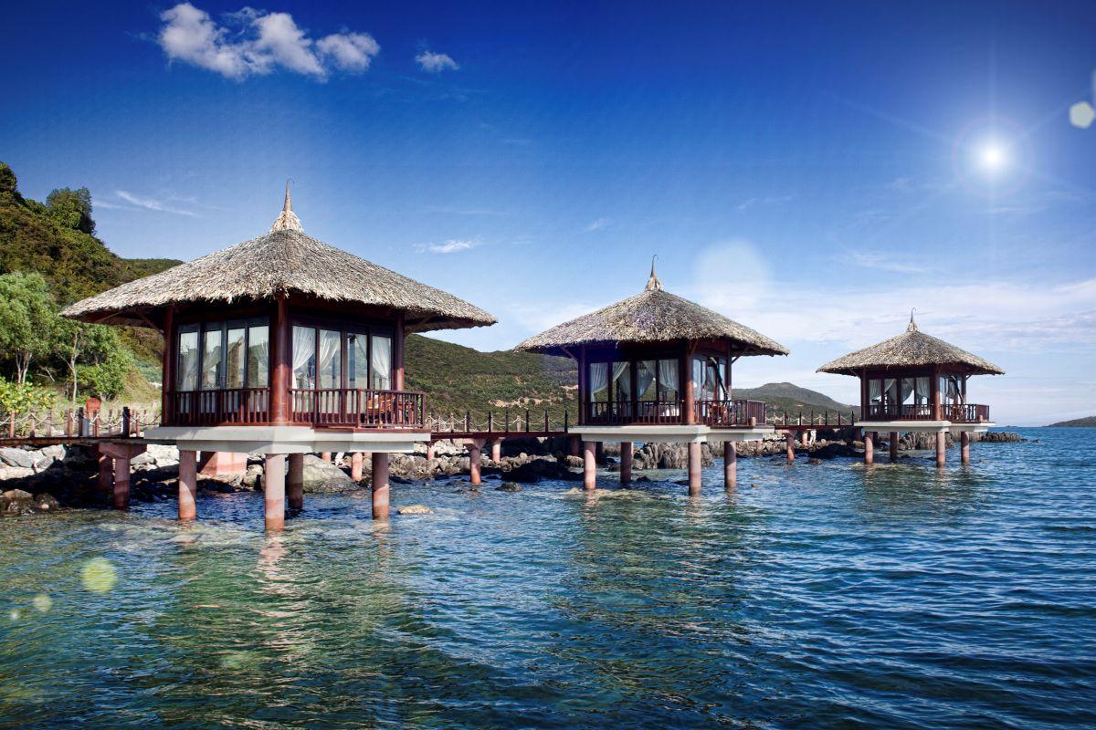Wow effekt die top 10 der berwasser bungalow hotels for Design hotel karibik