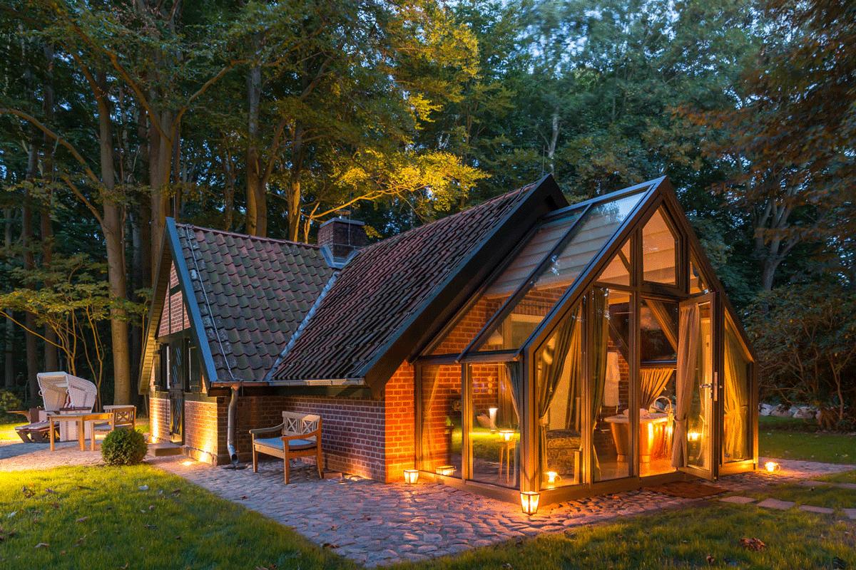 Badehäuschen Weissenhaus für die Hochzeitsnacht