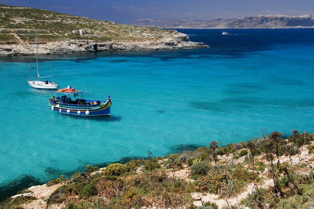 Bucht Boot Insel Comino Malta