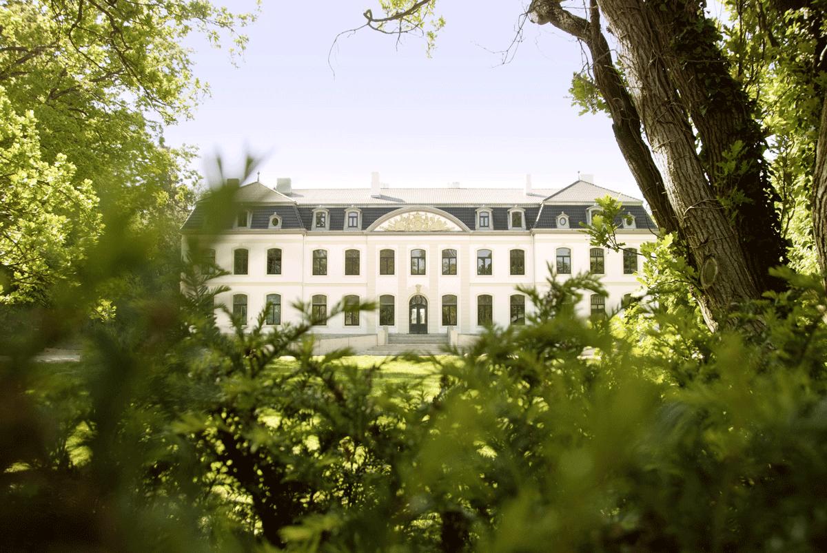 Weissenhaus Grand Village Resort im Grünem