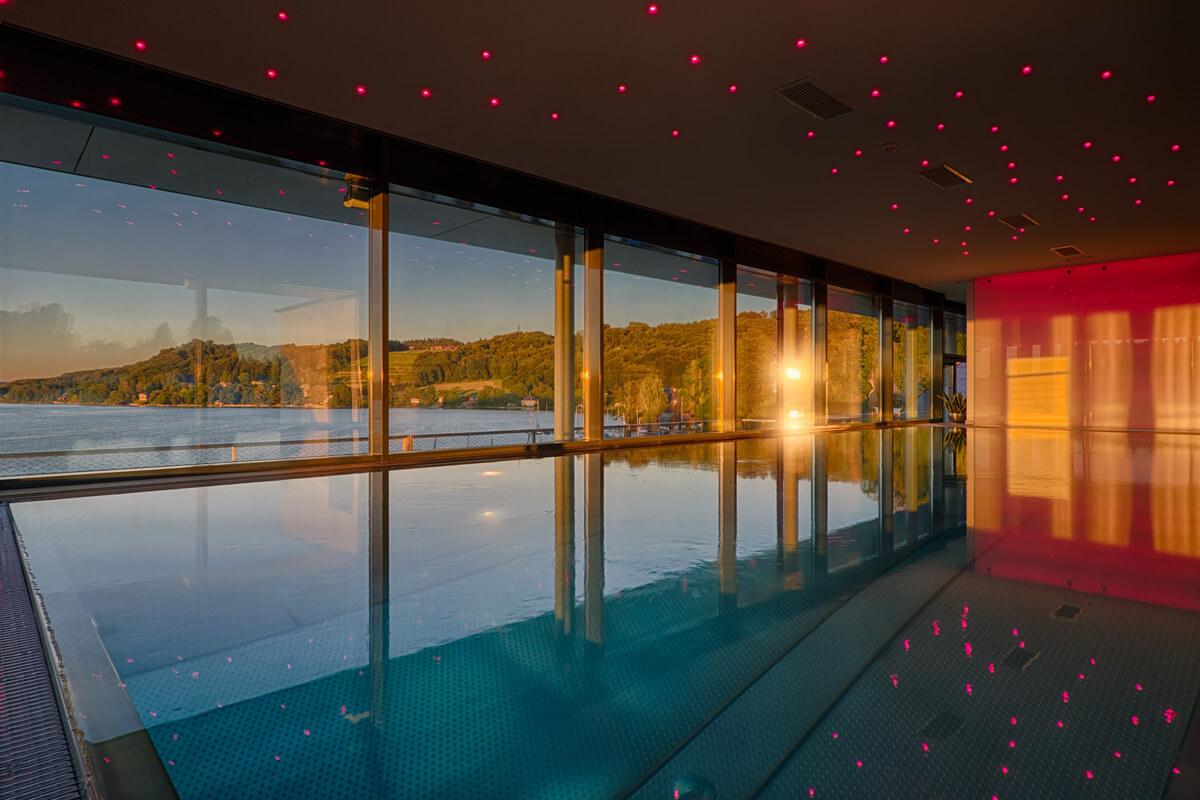 Kuschel- und Genießerhotel Seewirt: Infinity-Pool in Salzburg.