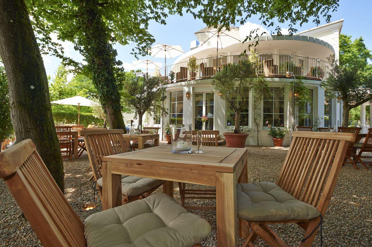 Gartenbereich des Parkhotel Prinz Myshkin