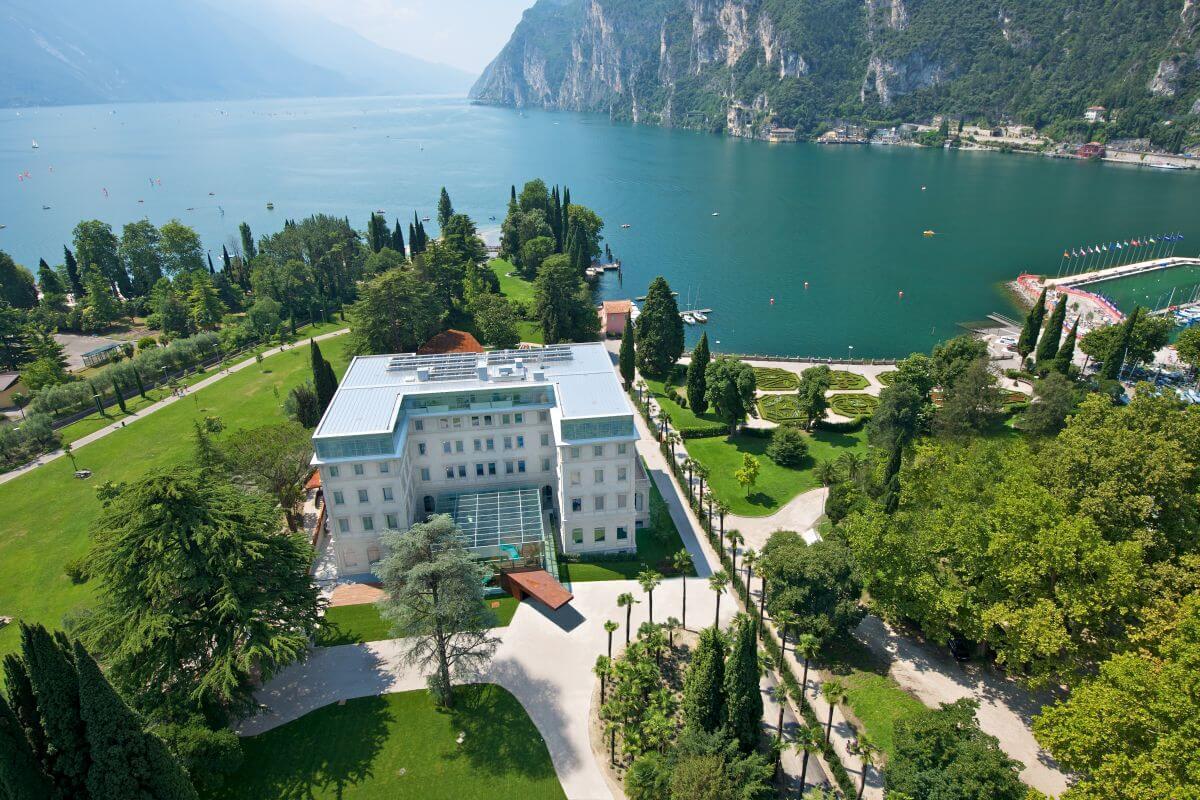 Gourmethotel Gardasee Lido Palace Luftaufnahme