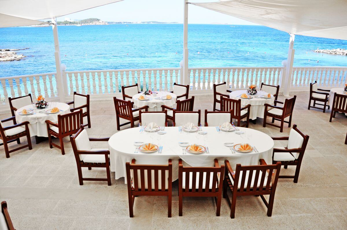 Grandhotel Palladium Ibiza Restaurant Caesar's