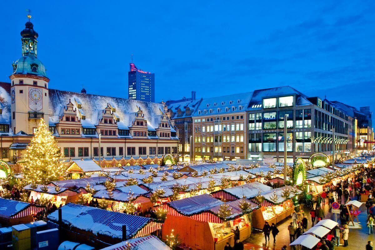 Buden auf dem Leipziger Weihnachtsmarkt