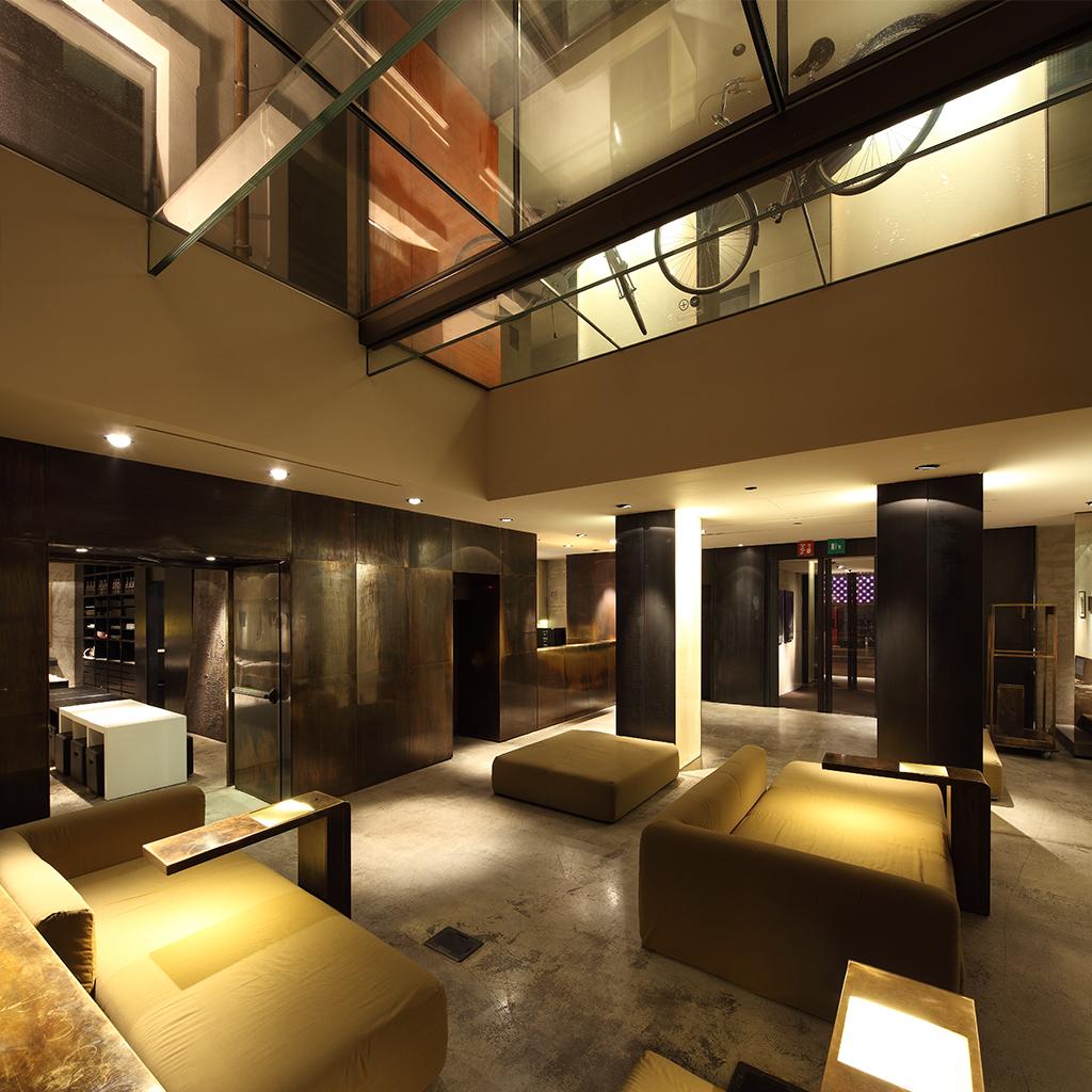 La Lobby dello STRAFhotel&bar di Milano
