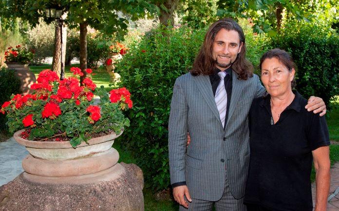 Il direttore David Papi e la madre Gabriella
