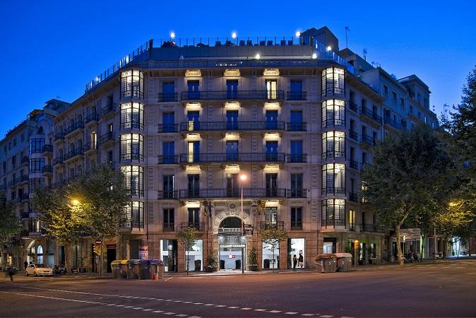 L'Axel Hotel, imponente struttura a Barcellona
