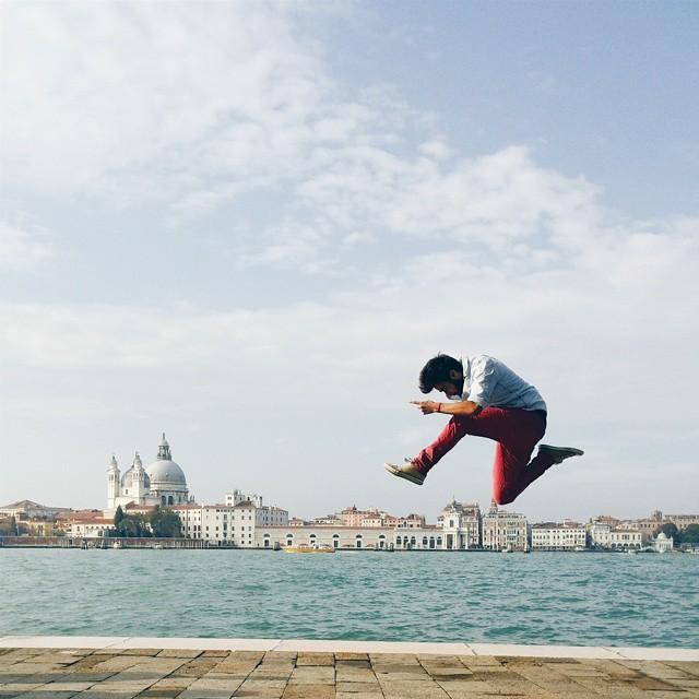 Giulio Tolli jumps