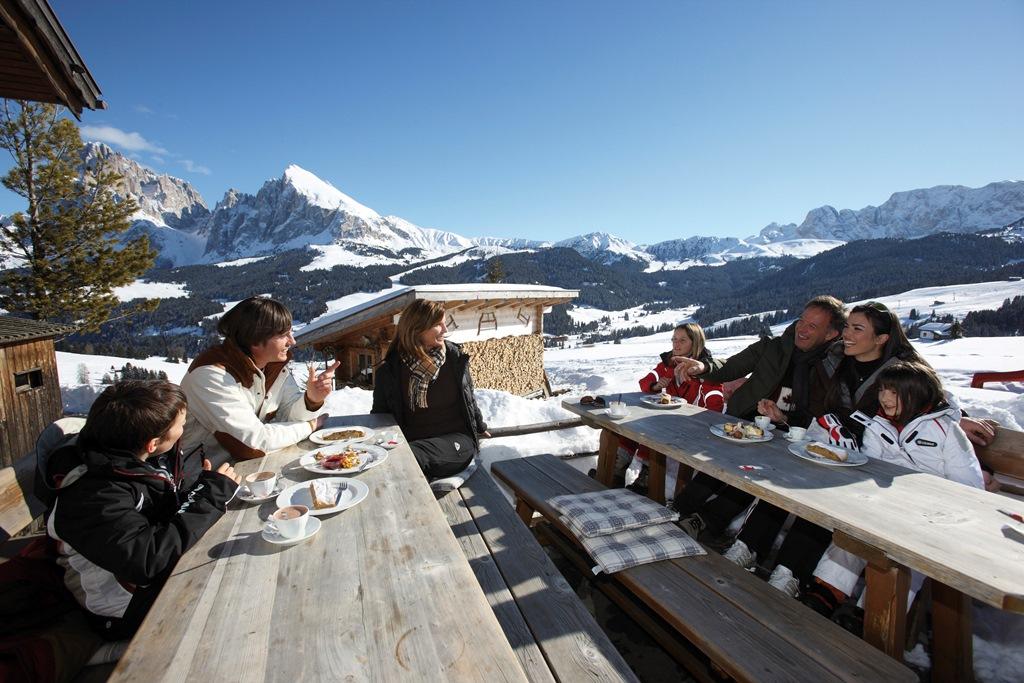 """La sosta in una delle baite dell'Alto Adige diventa un momento """"gourmet"""" – Fonte: AAM/Alessandro Trovati"""