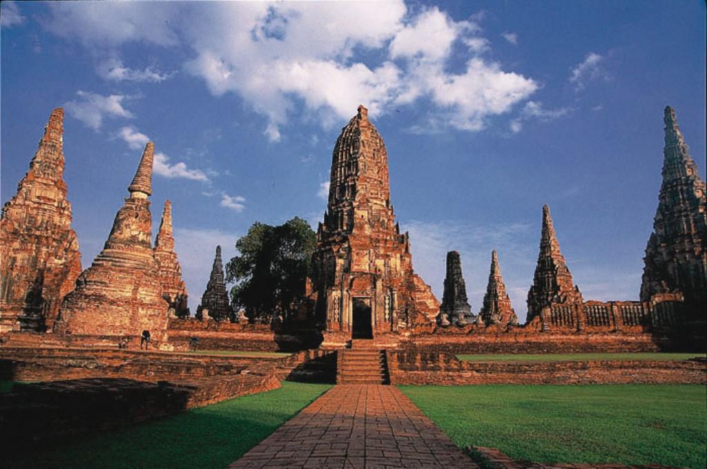 Ayutthaya - cliccate e scoprite la Thailandia su trivago!