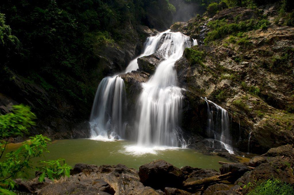 Chiang Mai Mae Ya Waterfalls - cliccate e scoprite la Thailandia su trivago!