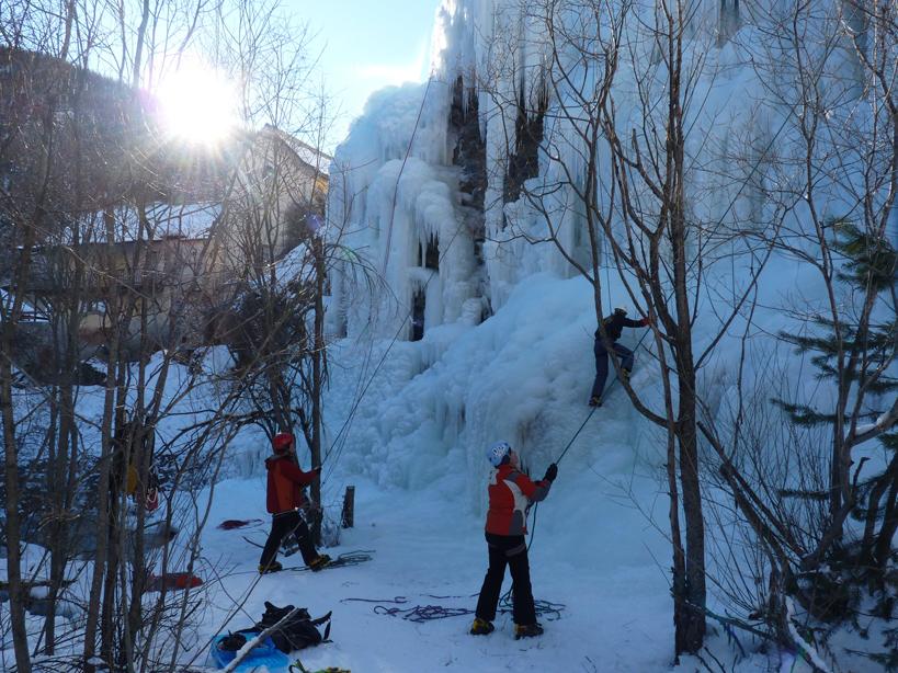 La cascata di ghiaccio di Aiguilles - Fonte: @Office de Tourisme du Queyras