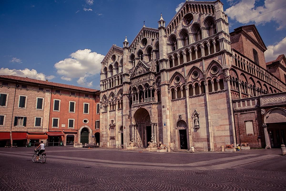 Piazza Cattedrale, Ferrara