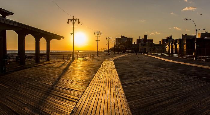 Coney Island al tramonto