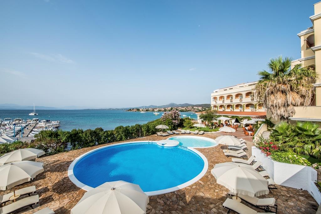 Hotel Gabbiano Azzurro - piscina