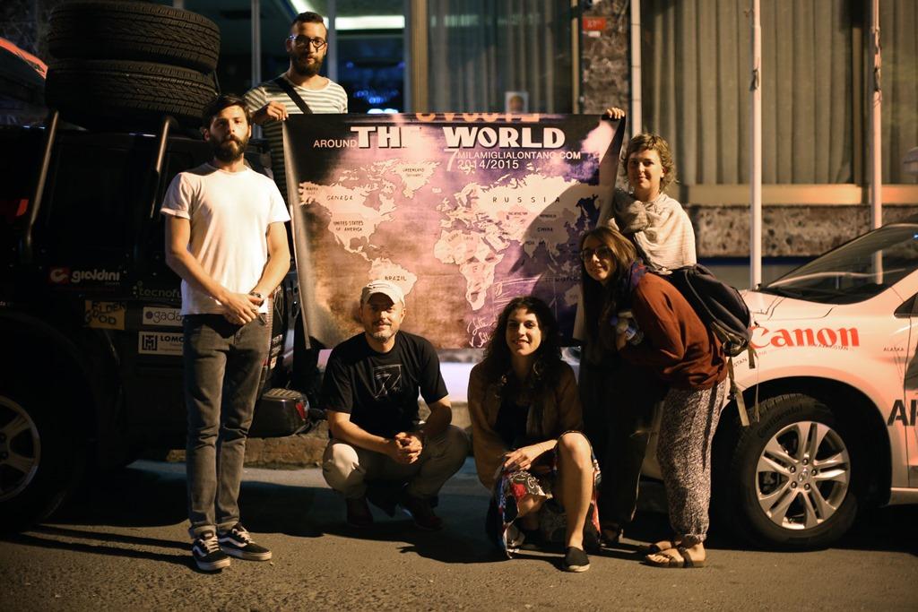 Il team © http://www.7milamiglialontano.com/