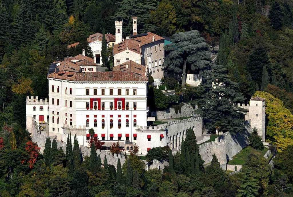 Castelbrando - esterni