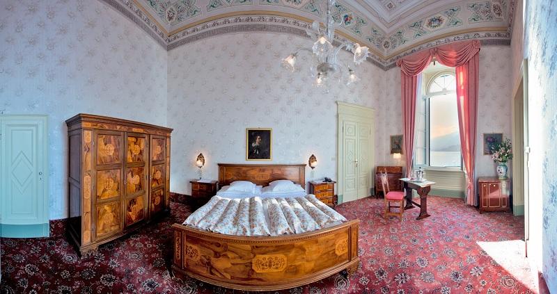 """Grand Hotel Villa Serbelloni - Cliccate sulla foto per leggere il post """"A letto con la storia"""""""