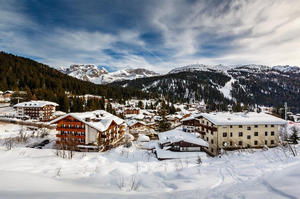 Dolomiti - fotolia © anshar73 - Cliccate e scoprite le Dolomiti su trivago