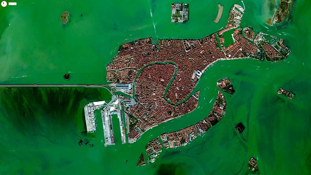 Venezia, Italia - 45°26′15″N 12°20′9″E