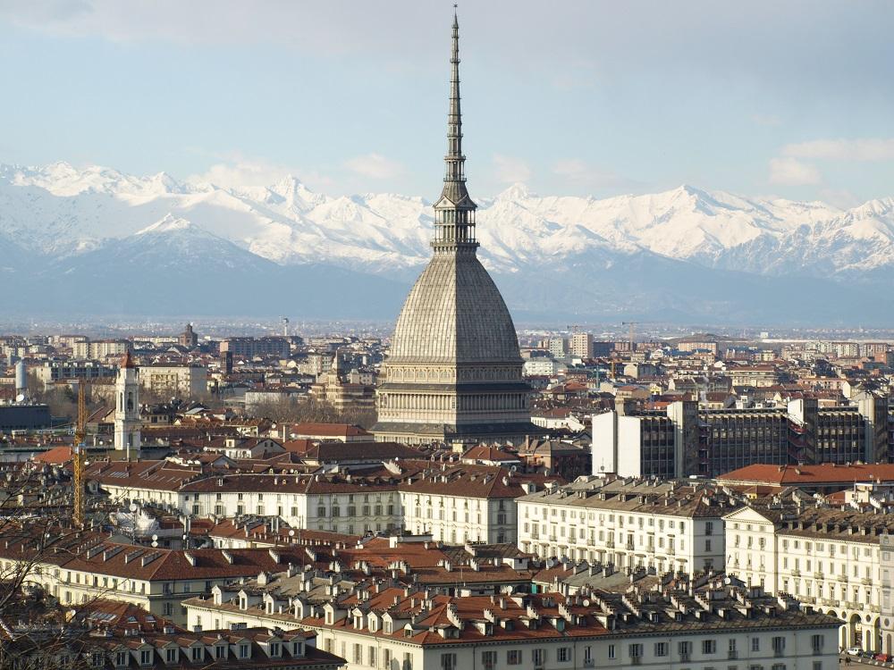 Torino - fotolia © Claudio Divizia -  clicca e scopri Torino su trivago