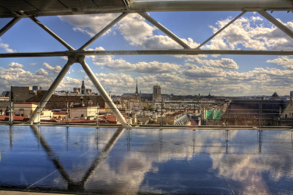 entre Georges-Pompidou