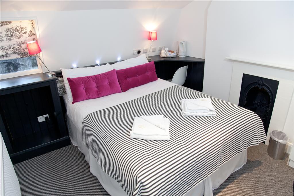 The Georgian House Pimlico Room