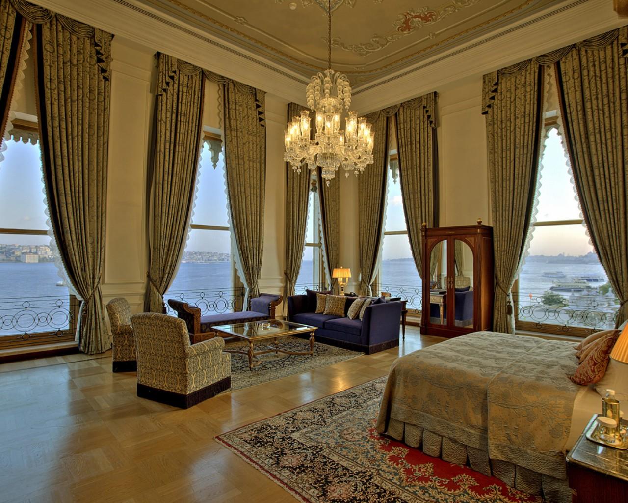 Romantic Çırağan Palace Kempinski Hotel Istanbul