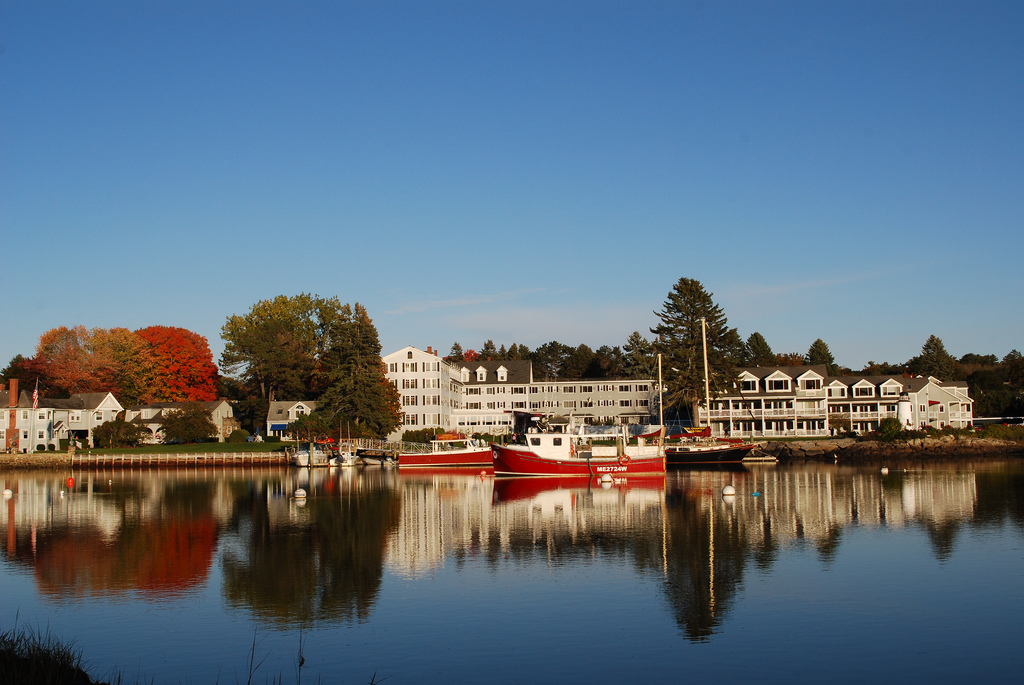 Maine Resort on the water