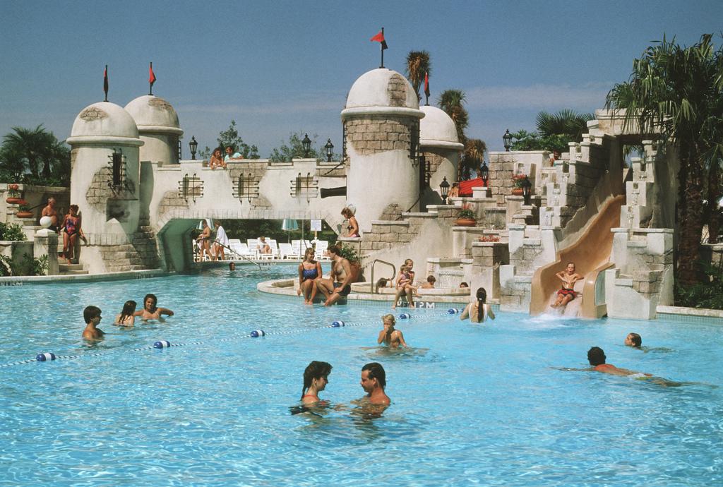 Disney Carribean Beach Pool Hotels Orlando