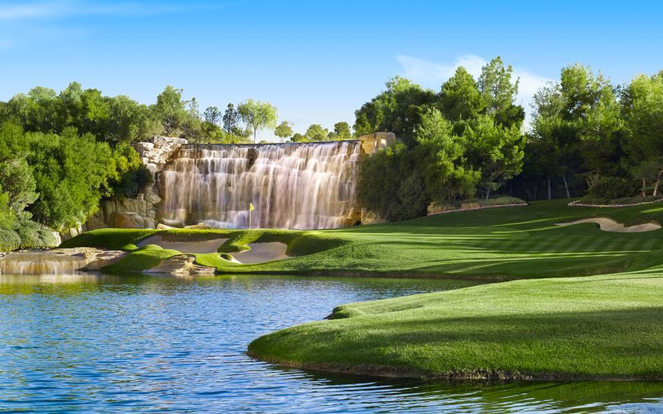 Wynn Golf Course, designed by Tom Fazio and Steve Wynn