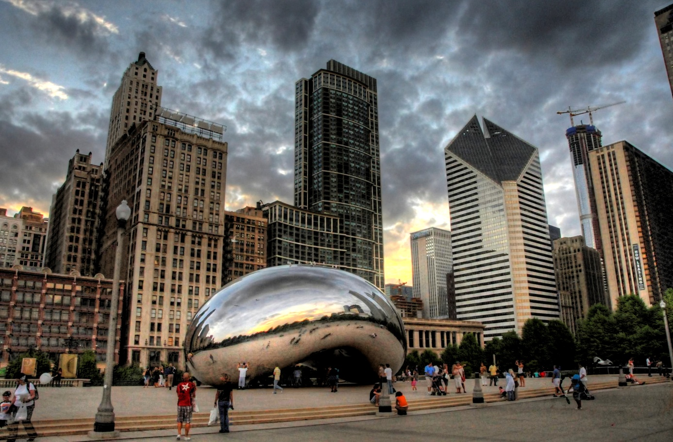 "Chicago's iconic ""bean"""