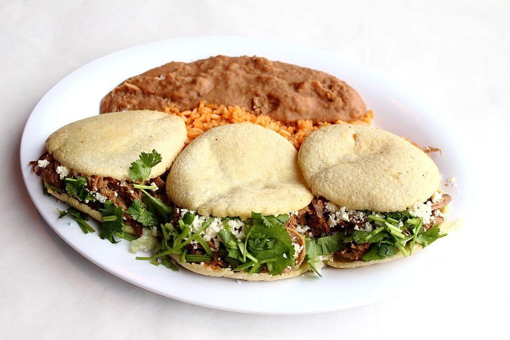 Photos courtesy El Burrito Mercado